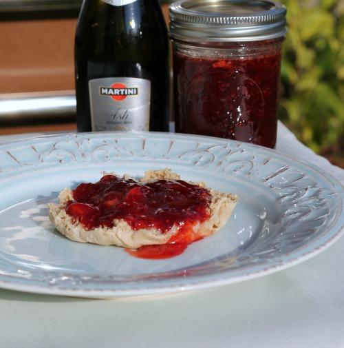 strawberry champagne jam4