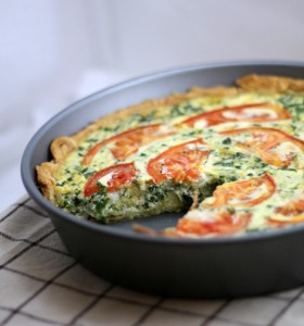 Tomato Bacon and Spinach Quiche - This Gal Cooks