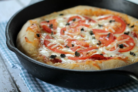 Deep Dish Beer Crust Pizza - www.thisgalcooks.com