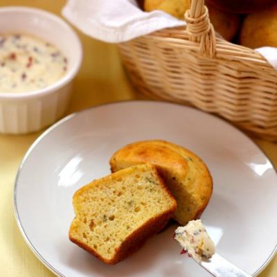 Sage-Cornbread-Muffins-7