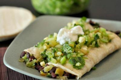 tomatillo-and-black-bean-enchiladas-560x371