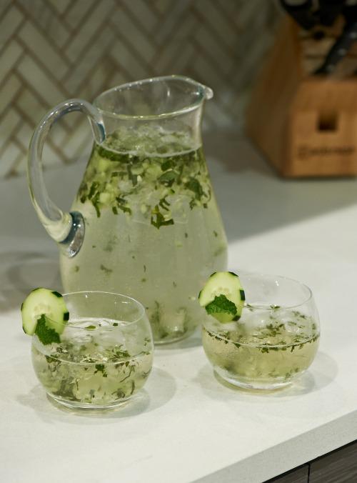 Kelly Ripa's Seasonal Artisanal Cocktails- Summertime Zephyr