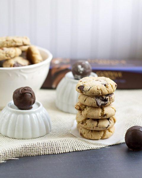 Dark Chocolate Chunk Pretzel Cookies
