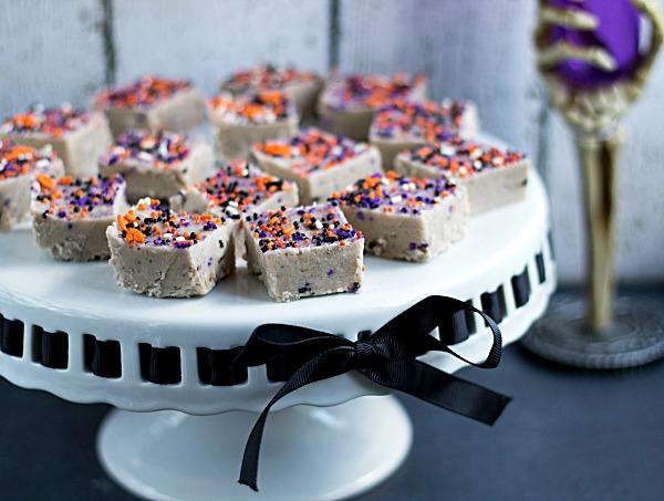 Halloween Cake Batter Fudge from www.thisgalcooks.com #fudge #halloween #cakebatter