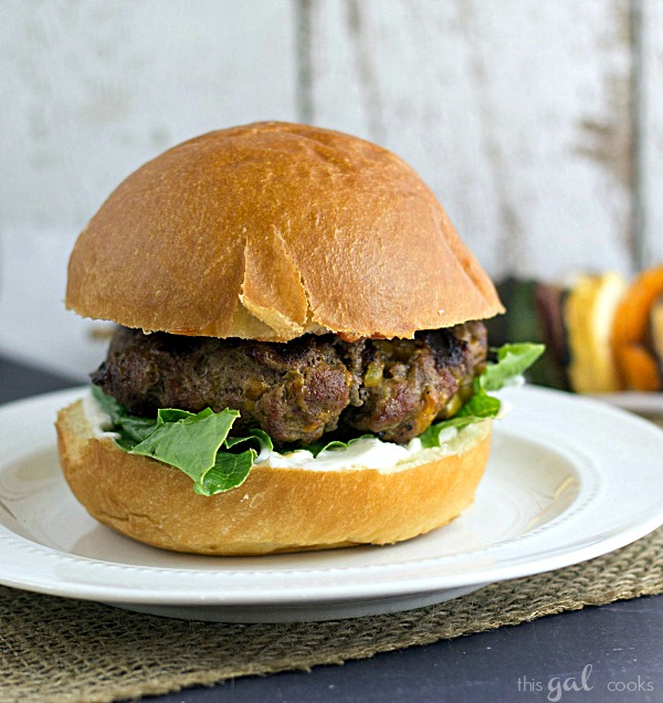 Jalapeno Cheddar Burgers from www.thisgalcooks.com #jalapeno #cheddar #burger
