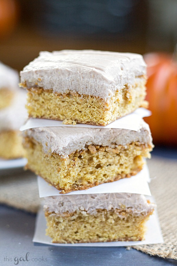 Pumpkin Snickerdoode Blondies with Nutella Cream Cheese Frosting www.thisgalcooks.com #blondies #pumpkin #snickerdoodle