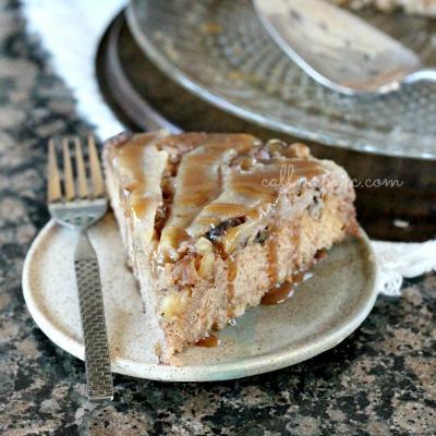 Skillet-cake-Maple-Pear-Upside-Down-Cake-w-1