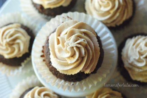 Twenty Tasty Peanut Butter Desserts - This Gal Cooks #recipes #peanutbutter #desserts