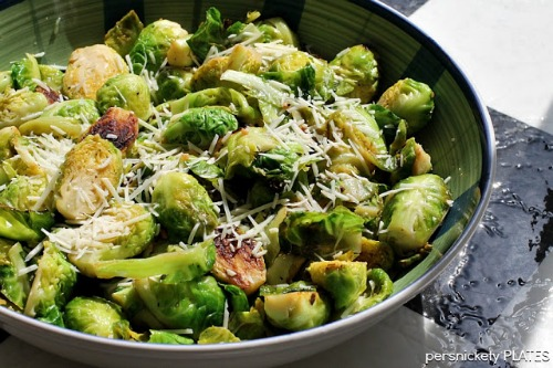 17 Healthy Green Recipes for St. Patrick's Day on This Gal Cooks #healthyrecipes #dinner #easyrecipes