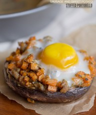 Sausage + Sweet Potato Stuffed Portabello: Chicken Sausage and diced sweet potatoes are sautéed in Italian seasonings, stuffed into portabellos, topped with an egg and baked to perfection.