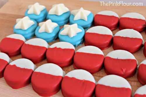 Chocolate Dipped Oreos American Flag by The Pink Flour