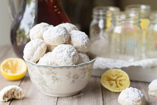 Lemon Poppyseed Tea Cookies on This Gal Cooks