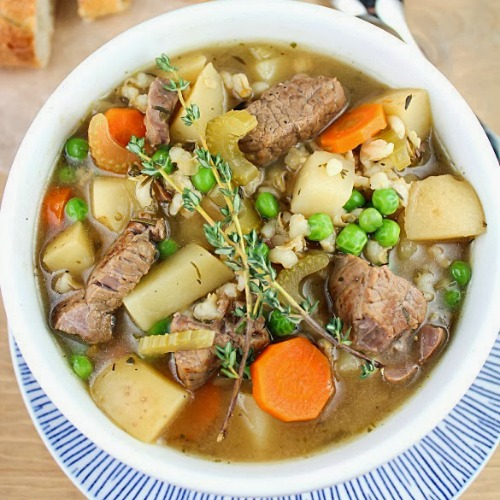 Slow Cooker Vegetable Beef Barley Soup by Yummy Healthy Easy