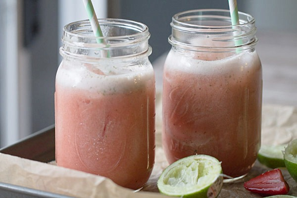 Strawberry Lime Mint Spritzers and Fruttare Bars