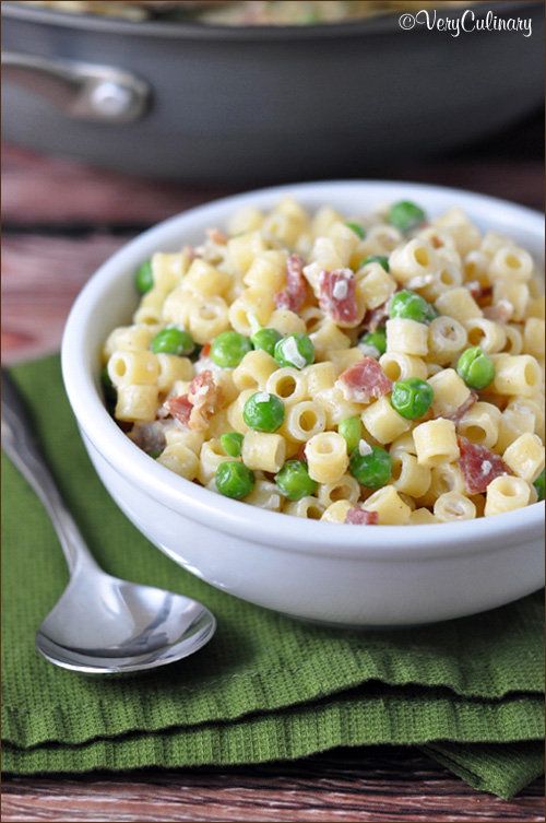 Creamy-Pasta-with-Bacon-and-Peas-vertical-blog-4