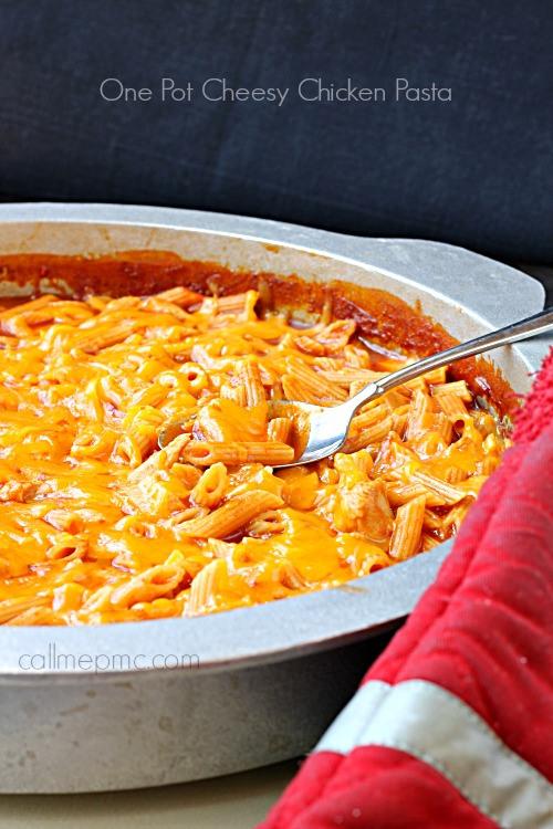 One-Pot-Cheesy-Chicken-Pasta-label1
