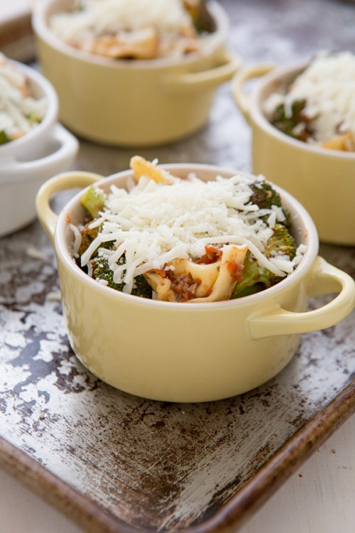 cheese_tortellini_bake_with_roasted_broccoli