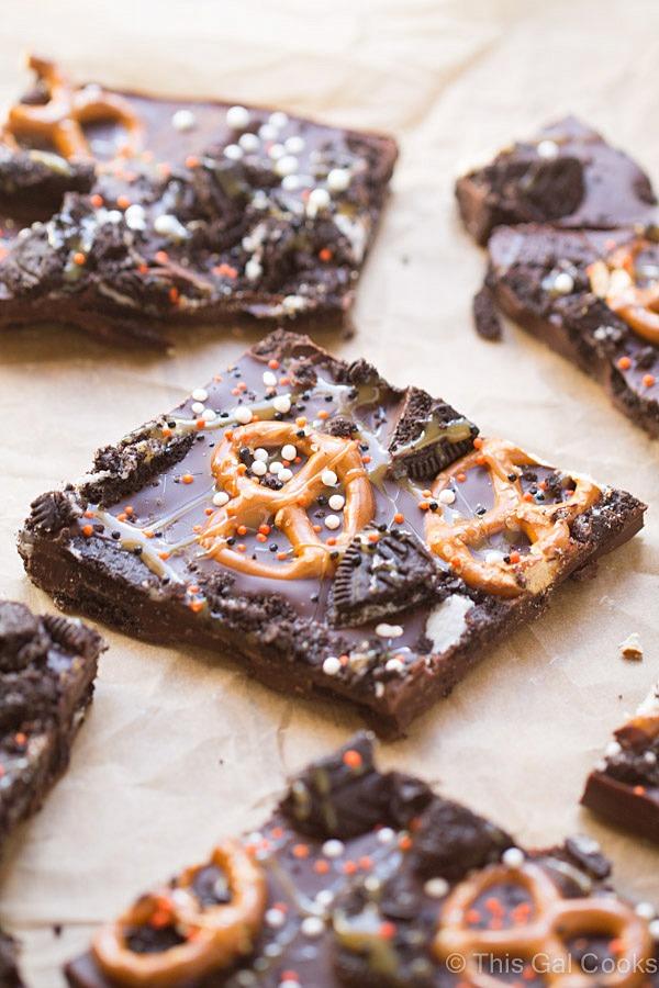 Dark Chocolate Oreo Pretzel Bark | This Gal Cooks #dessert #candybark