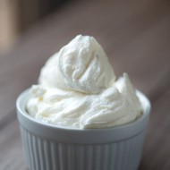 Simple Vanilla Bean Buttercream Frosting