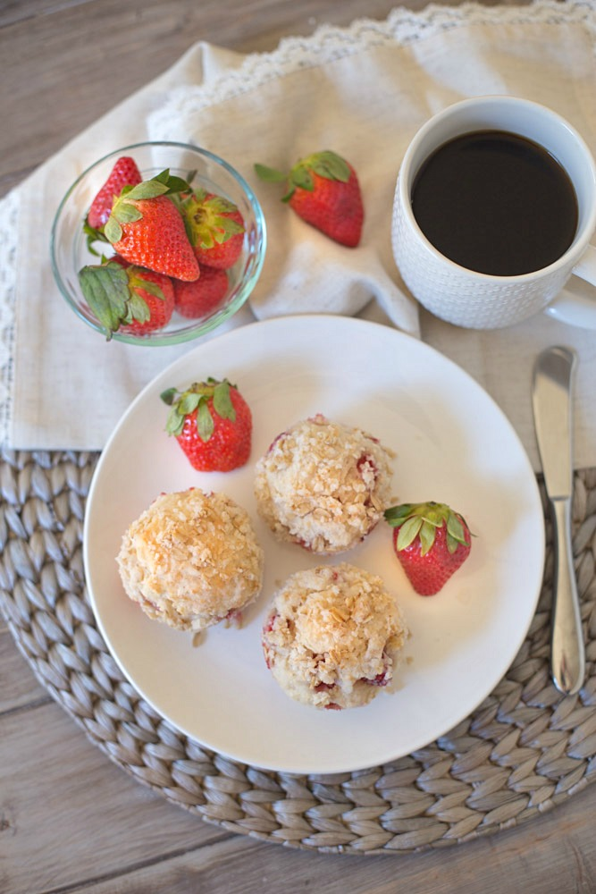 You won't find any butter in these soft and flavorful strawberry muffins that are made with Greek Yogurt and Coconut Oil!