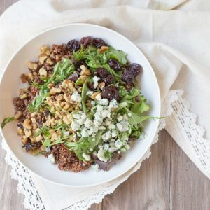Simple and healthy Baby Greens with Quinoa Salad with Honey Balsamic Vinaigrette | This Gal Cooks