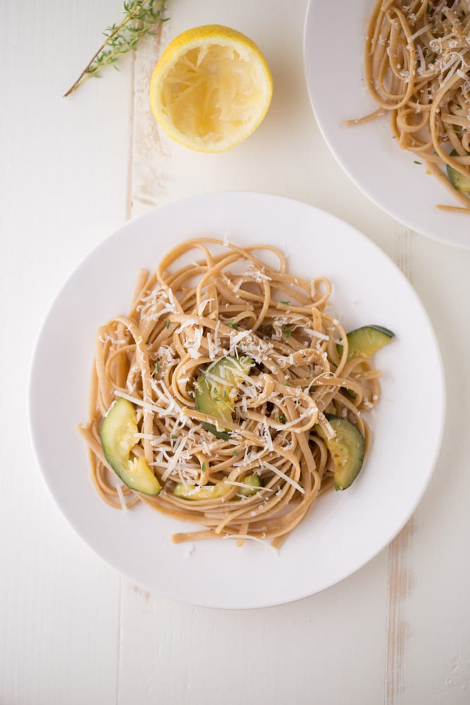 Lemon Zucchini Pasta. This flavorful, refreshing meal is a great option for weeknights because it's EASY to make! Under 300 calories per serving. | This Gal Cooks