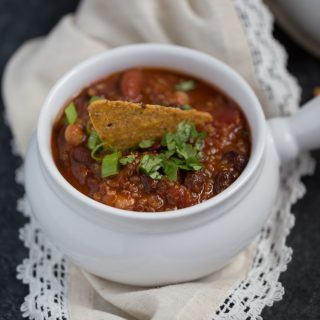 Smoky-Quinoa-Chili.jpg