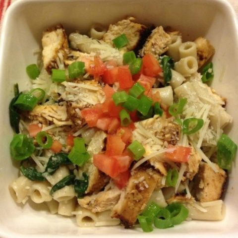 Creamy Spinach, Mushroom & Chicken Pasta