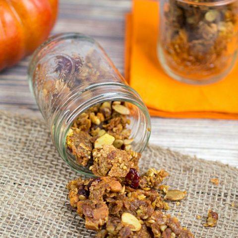 Easy Autumn Granola Recipe