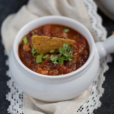 Smoky Vegan Quinoa Chili