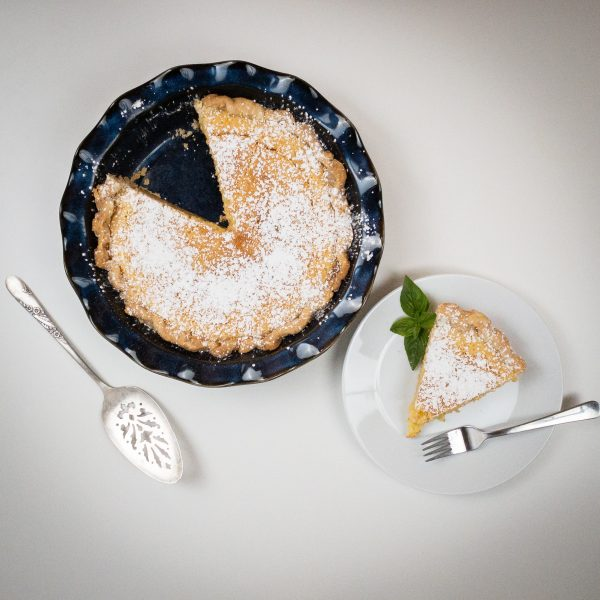 serving_the_perfect_chess_pie